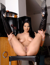 Black haired and fair skinned beauty loves her leather. - Lara A - Anisitis