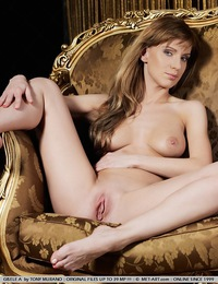 Voluptuous blonde in raunchy, provocative poses. - Gisele A - Success